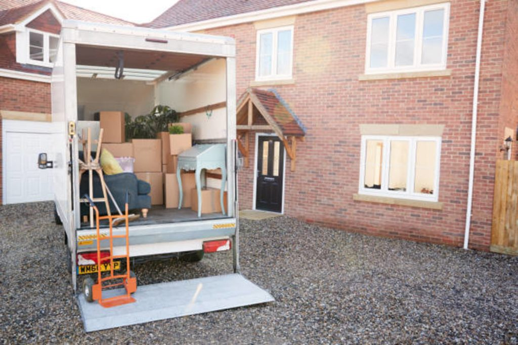 How to Hire A Trusted & Licensed Mover