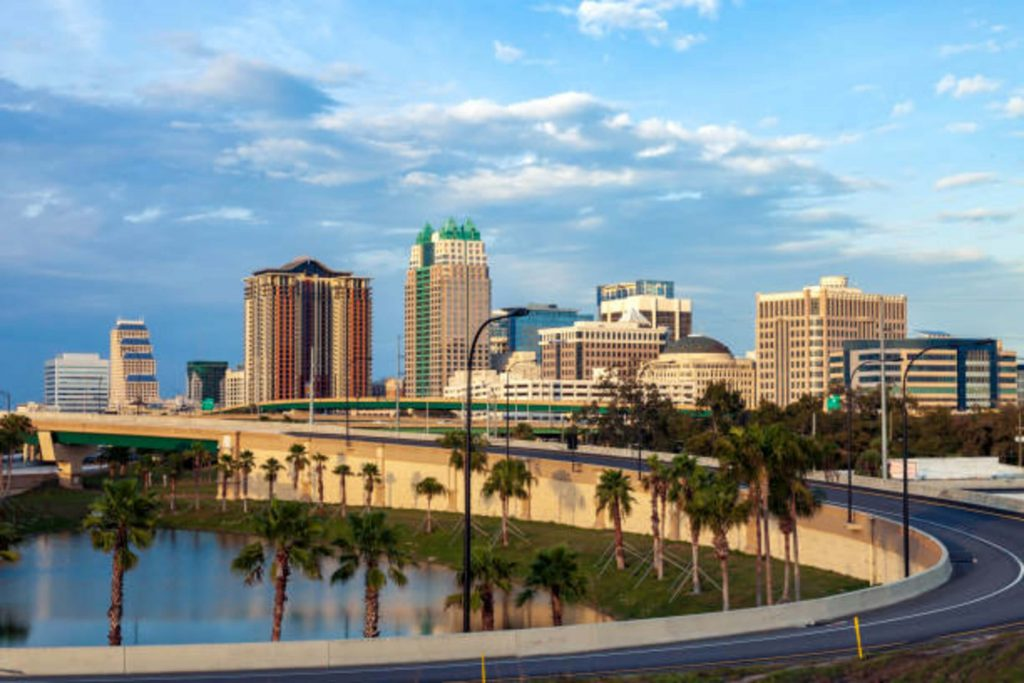 Moving From NYC to Orlando On A Budget